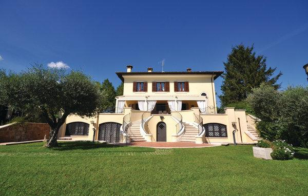 8 bedroom Villa in Civita Castellana, Latium Countryside, Italy : ref 2303831 - Image 1 - Civita Castellana - rentals