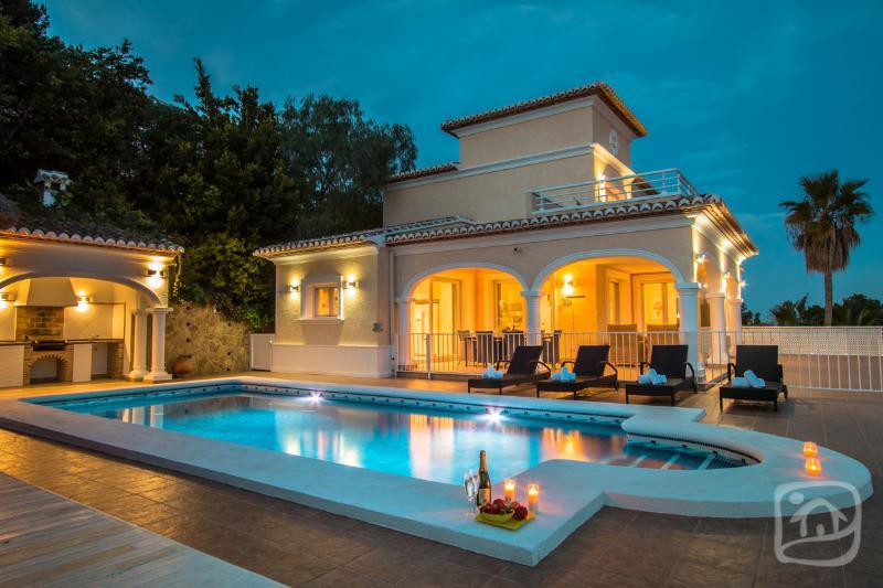 5 bedroom Villa in Moraira, Costa Blanca, Spain : ref 2306142 - Image 1 - La Llobella - rentals