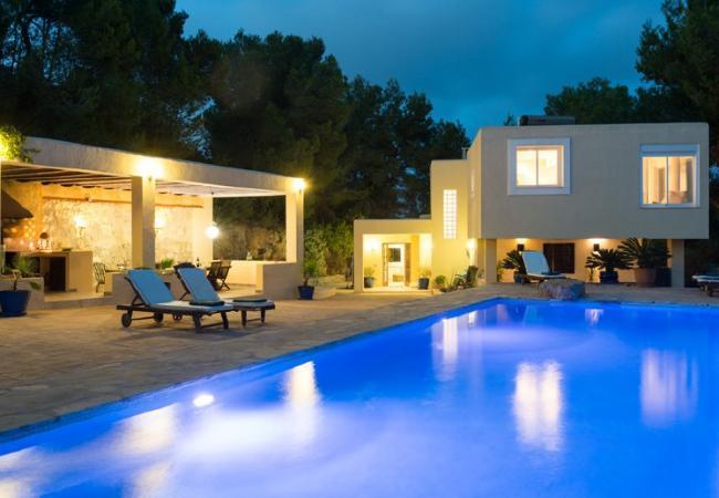 4 bedroom Villa in Ibiza Ciudad, Ibiza, Ibiza : ref 2306358 - Image 1 - Sant Miquel De Balansat - rentals