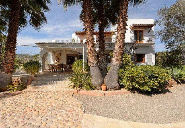 6 bedroom Villa in San Carlos/ Sant Carles De Peralta, Ibiza, Ibiza : ref - Image 1 - Es Codolar - rentals