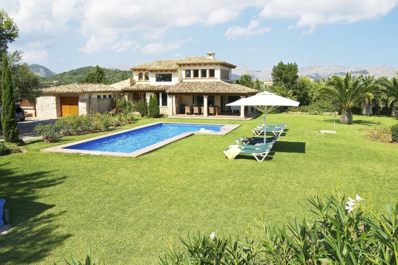 4 bedroom Villa in Eu Madrava, Pollensa, Spain : ref 2307478 - Image 1 - Alcudia - rentals