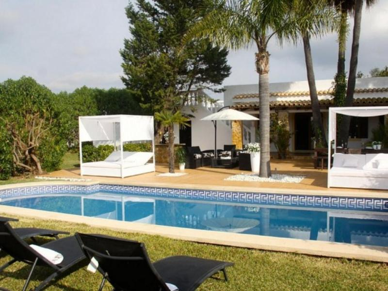 5 bedroom Villa in Alcudia, Mallorca, Raiguer, Mallorca : ref 2307862 - Image 1 - Alcudia - rentals