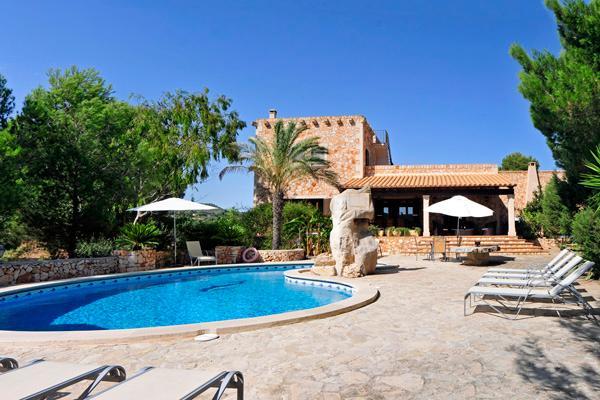 5 bedroom Villa in Cala D Or, S Horta, Mallorca : ref 4365 - Image 1 - Cala d'Or - rentals