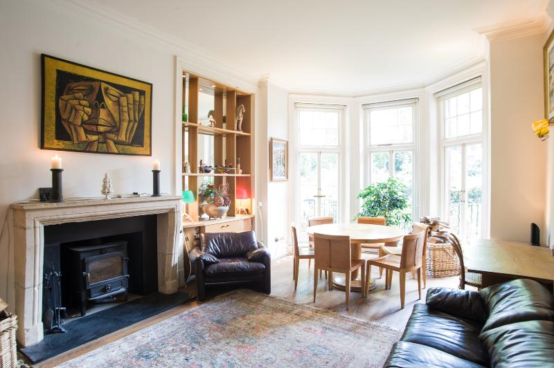 10 minutes from Hyde Park.Modern, bohemian 4 bed-Gloucester Walk. - Image 1 - London - rentals