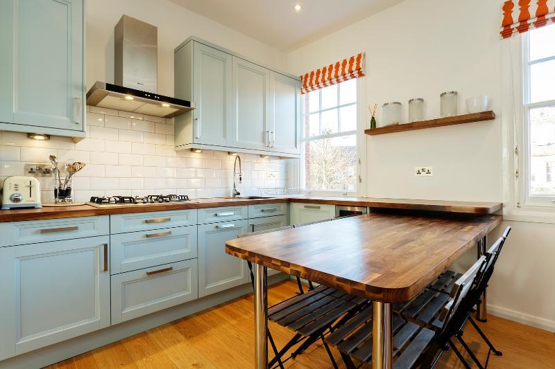 Modern 2 bed on Goldhurst Terrace, South Hampstead - Image 1 - London - rentals