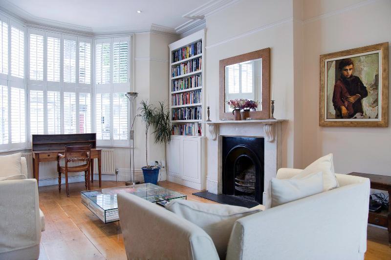 5 Bed house In beautiful Primrose Hill - Sleeps 9. - Image 1 - London - rentals