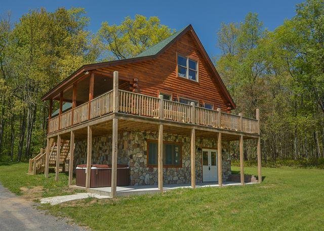 Exterior - Log home close to Wisp Resort & lake activities! - McHenry - rentals