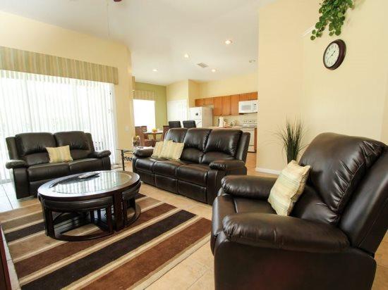 4 Bed 3 Bath Pool Home Near Disney In Gated Resort. 8127FPW - Image 1 - Orlando - rentals