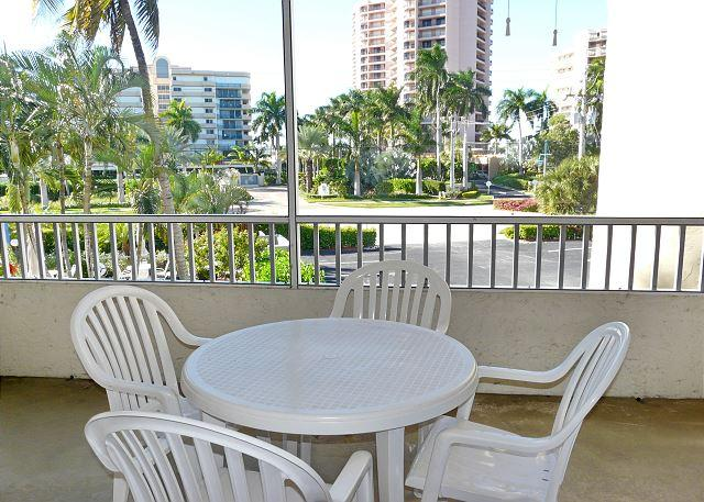 Paradise across the street from the beach - Image 1 - Marco Island - rentals