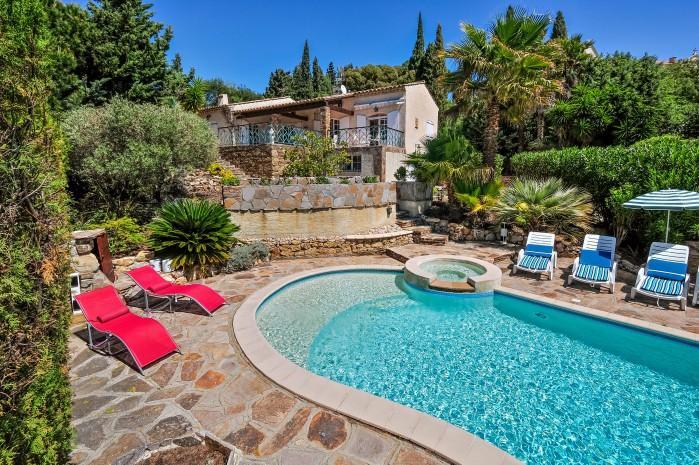 4 bedroom Villa in La Croix Valmer, Saint Tropez Var, France : ref 2018089 - Image 1 - La Croix-Valmer - rentals
