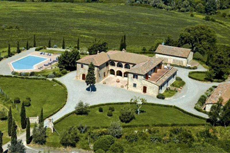 10 bedroom Villa in Siena, Tuscany, Italy : ref 2022482 - Image 1 - Trequanda - rentals