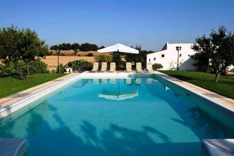 6 bedroom Villa in Siracusa, Sicily, Italy : ref 2022489 - Image 1 - Rosolini - rentals
