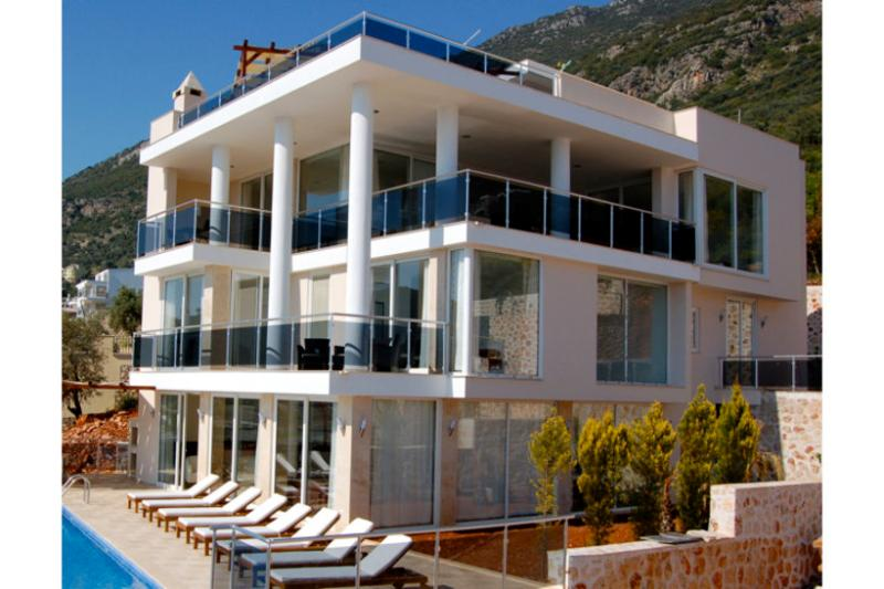 5 bedroom Villa in Kalkan, Mediterranean Coast, Turkey : ref 2022540 - Image 1 - Kalkan - rentals
