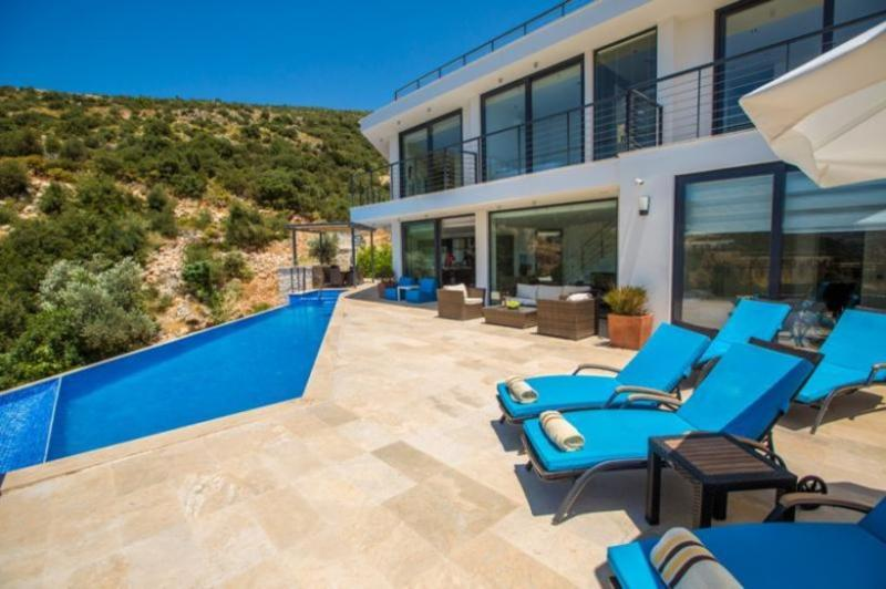 4 bedroom Villa in Kalkan, Mediterranean Coast, Turkey : ref 2022555 - Image 1 - Kalkan - rentals