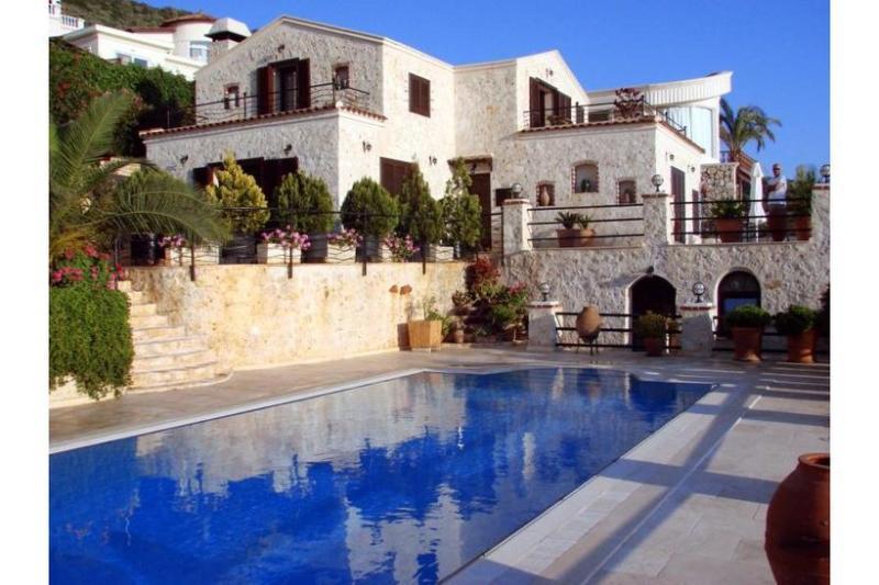 4 bedroom Villa in Kalkan, Mediterranean Coast, Turkey : ref 2022547 - Image 1 - Kalkan - rentals