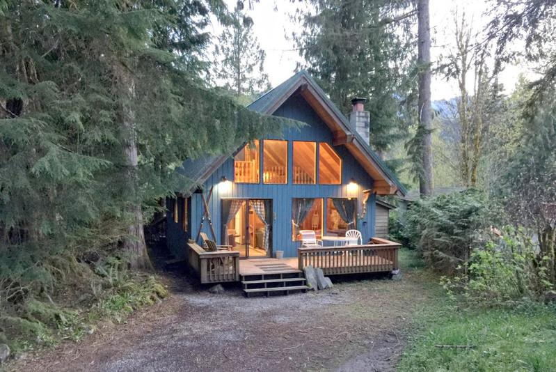53MBR - 53MBR Cozy Mt. Baker Cabin with a Hot Tub and WiFi - Glacier - rentals