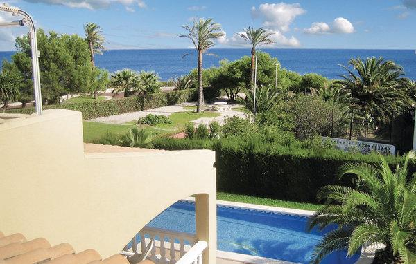 6 bedroom Villa in L Ametlla De Mar, Catalonia, Costa Dorada, Spain : ref 2037113 - Image 1 - L'Ametlla de Mar - rentals