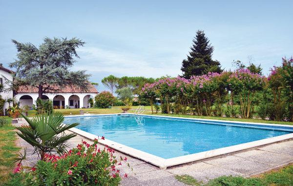 4 bedroom Apartment in Abano Terme, Veneto, Veneto Countryside, Italy : ref - Image 1 - Abano Terme - rentals