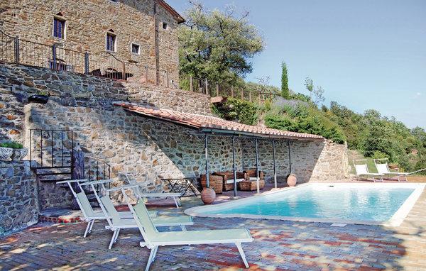 6 bedroom Villa in Castiglion Fiorentino, Tuscany, Arezzo / Cortona And - Image 1 - Castiglion Fiorentino - rentals