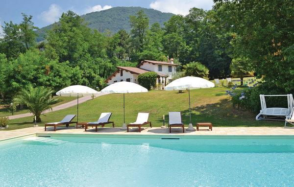 4 bedroom Villa in Camaiore, Tuscany Coast, Versilia, Italy : ref 2040850 - Image 1 - Camaiore - rentals