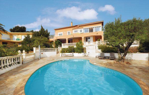 5 bedroom Villa in Saint Aygulf, Cote D Azur, Var, France : ref 2042526 - Image 1 - Saint-Aygulf - rentals