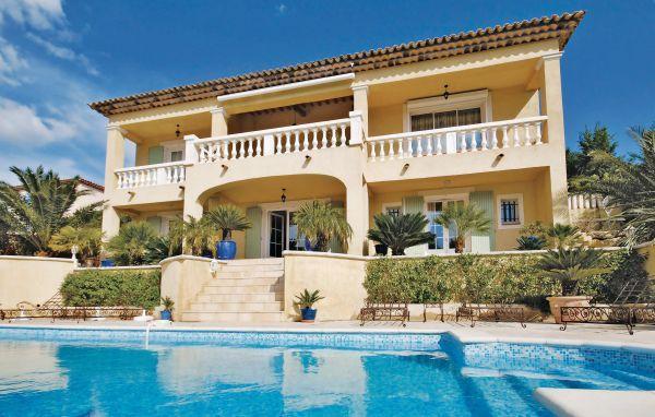 6 bedroom Villa in Saint Maxime, Cote D Azur, Var, France : ref 2042674 - Image 1 - Saint-Maxime - rentals