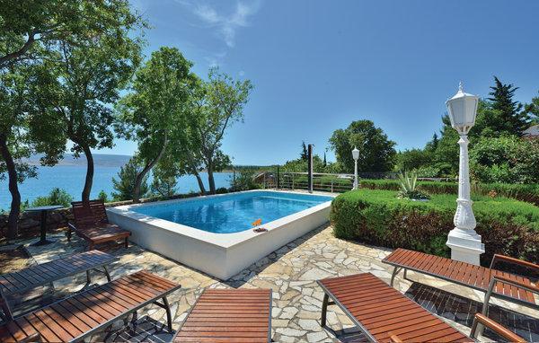 7 bedroom Villa in Starigrad, Northern Dalmatia, Croatia : ref 2044336 - Image 1 - Seline - rentals
