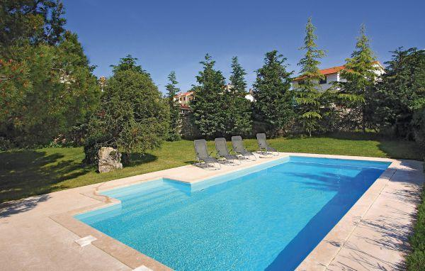 4 bedroom Villa in Rovinj, Istria, Croatia : ref 2044741 - Image 1 - Rovinjsko Selo - rentals