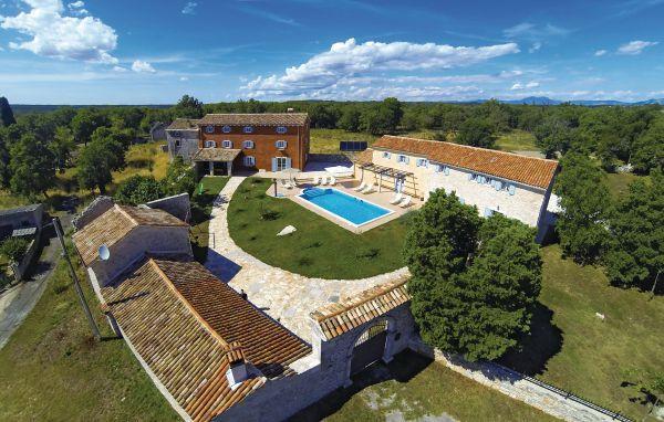 8 bedroom Villa in Barban, Istria, Croatia : ref 2046246 - Image 1 - Orihi - rentals