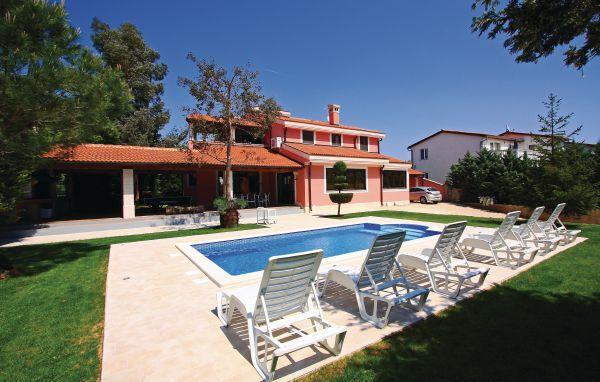 5 bedroom Villa in Pula, Istria, Croatia : ref 2046531 - Image 1 - Stinjan - rentals