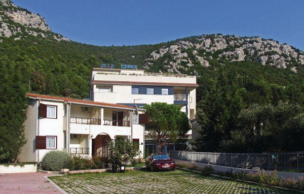13 bedroom Villa in Ploce, South Dalmatia, Neretva Delta, Croatia : ref 2046806 - Image 1 - Klek - rentals
