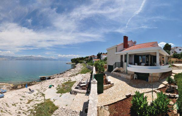 4 bedroom Villa in Brac, Central Dalmatia, Croatia : ref 2046969 - Image 1 - Brac - rentals