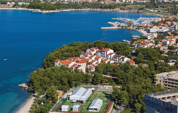 6 bedroom Villa in Split Podstrana, Central Dalmatia, Split, Croatia : ref 2047213 - Image 1 - Stobrec - rentals