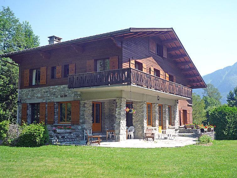 6 bedroom Villa in Chamonix, Savoie   Haute Savoie, France : ref 2057233 - Image 1 - Chamonix - rentals