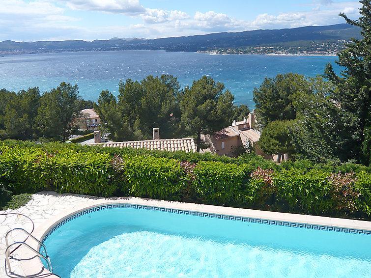 5 bedroom Villa in Saint Cyr La Madrague, Cote d'Azur, France : ref 2059940 - Image 1 - Les Lecques - rentals