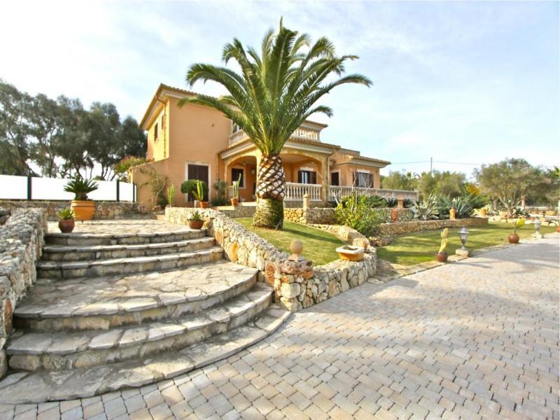 4 bedroom Villa in Muro, Mallorca, Mallorca : ref 2086923 - Image 1 - Muro - rentals