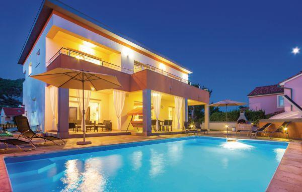 4 bedroom Villa in Rab, Kvarner, Croatia : ref 2088305 - Image 1 - Barbat na Rabu - rentals