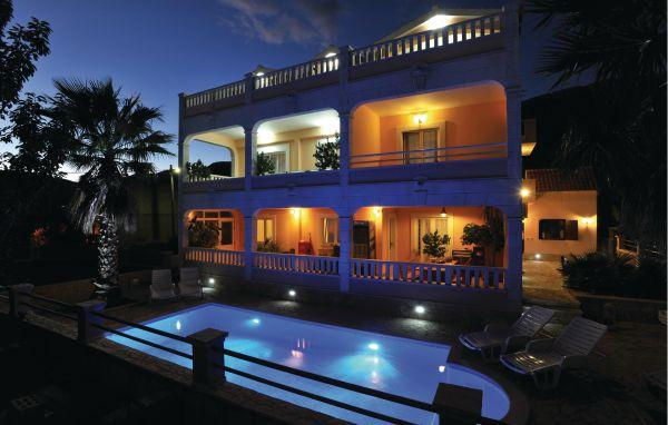 6 bedroom Villa in Trogir, Central Dalmatia, Croatia : ref 2088372 - Image 1 - Kaštel Novi - rentals