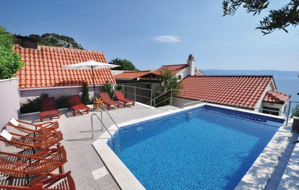 6 bedroom Villa in Omis, Central Dalmatia, Croatia : ref 2088654 - Image 1 - Omis - rentals