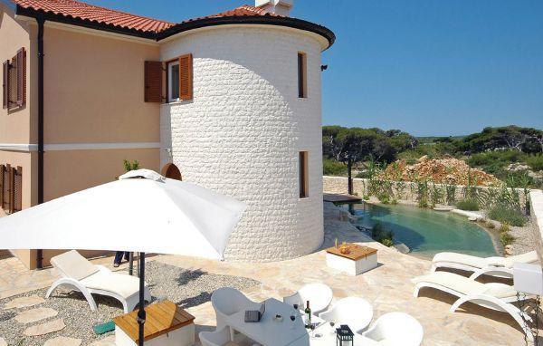 4 bedroom Villa in Pag, Kvarner, Croatia : ref 2088657 - Image 1 - Island Pag - rentals
