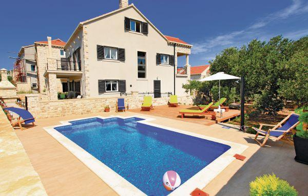 6 bedroom Villa in Korcula, South Dalmatia, Croatia : ref 2088824 - Image 1 - Lumbarda - rentals