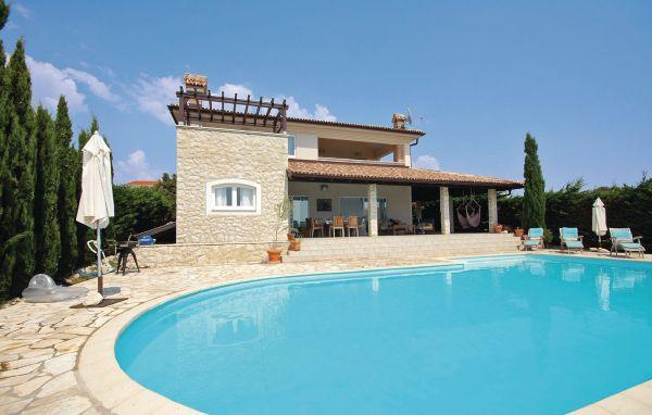 4 bedroom Villa in Pag, Kvarner, Croatia : ref 2089091 - Image 1 - Mandre - rentals