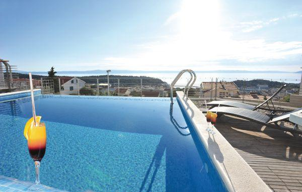 5 bedroom Villa in Makarska, Central Dalmatia, Croatia : ref 2089096 - Image 1 - Bratus - rentals