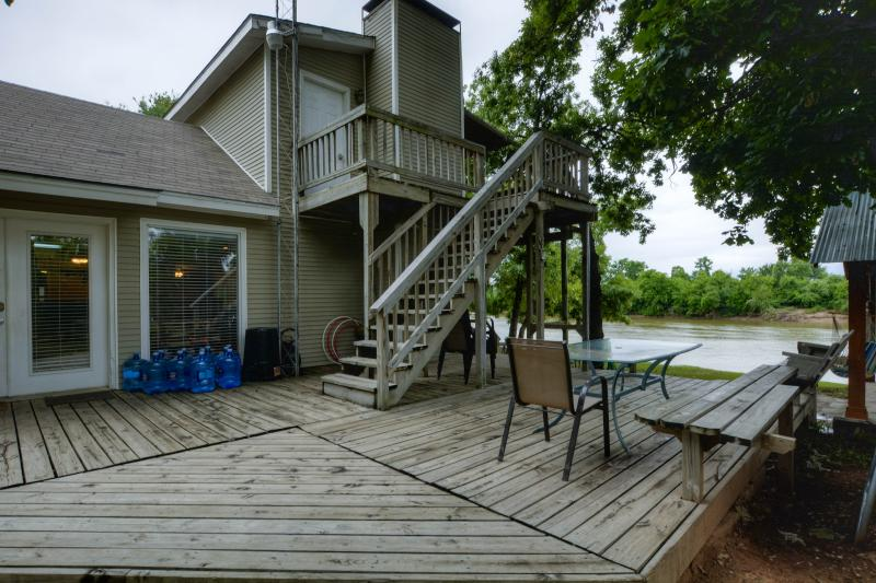 Where the Road Ends the Fun Begins ! - Image 1 - Granbury - rentals