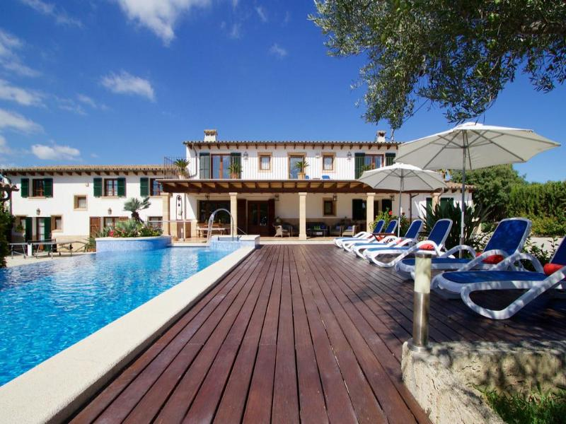 5 bedroom Villa in Pollenca, Mallorca : ref 2092775 - Image 1 - Pollenca - rentals