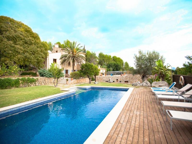 4 bedroom Villa in Pollenca, Mallorca : ref 2092931 - Image 1 - Pollenca - rentals