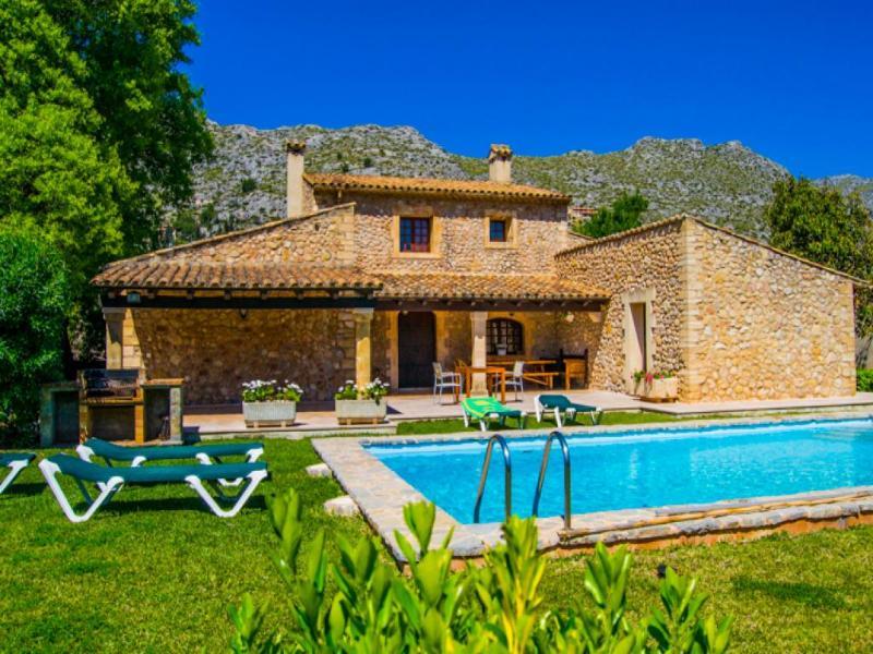 3 bedroom Villa in Pollenca, Mallorca : ref 2093031 - Image 1 - Pollenca - rentals
