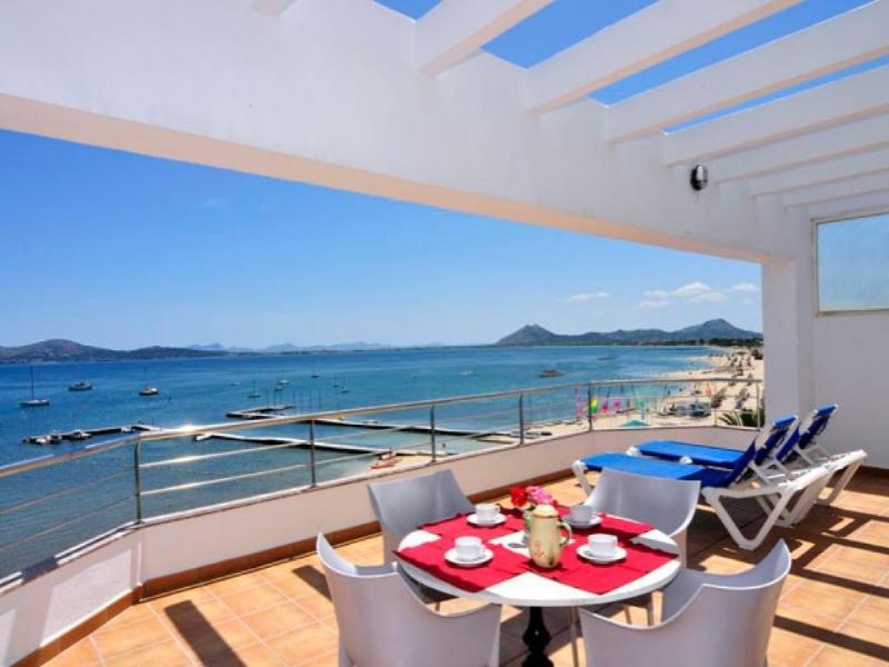 2 bedroom Apartment in Puerto Pollenca, Mallorca : ref 2093073 - Image 1 - Port de Pollenca - rentals