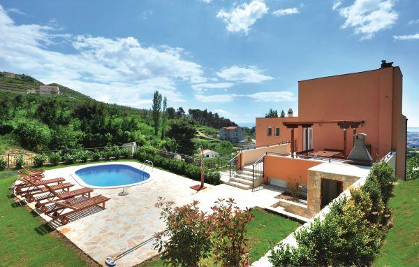 5 bedroom Villa in Split, Central Dalmatia, Croatia : ref 2095212 - Image 1 - Klis - rentals