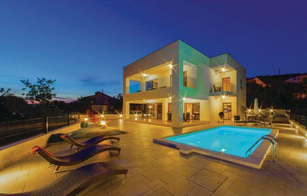 4 bedroom Villa in Crikvenica, Kvarner, Croatia : ref 2095253 - Image 1 - Crikvenica - rentals